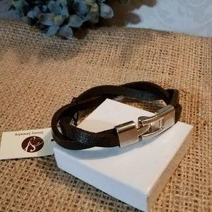 Unisex faux leather bracelet